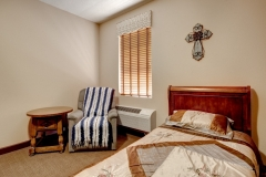 13-LS-1001-Bedroom-2-2