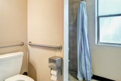 2-LS-9151-Bathroom