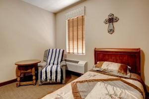 13 LS 1001 Bedroom 2-2