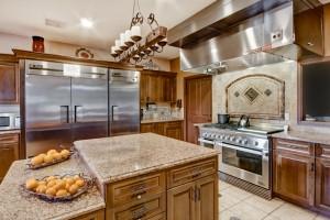 9 LS 1001 Kitchen